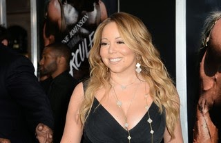 Mariah Carey tries but does not reach high notes on show