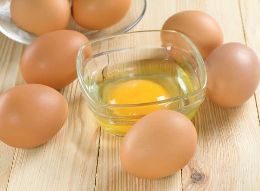 Cach tri mun dau den tận gốc với lòng trắng trứng