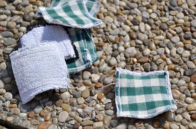 Upcycling Abschminkpads aus altem Handtuch und Stoffresten | freinaht.blogspot.com