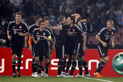 Napoli 1 - 1 Bayern Munich (2)