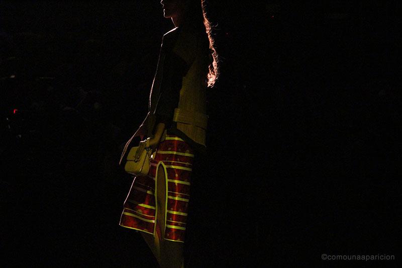 como-una-aparición-jorge-duque-colombiamoda-2015-colombian-fashion-designers-colombian-bloggers