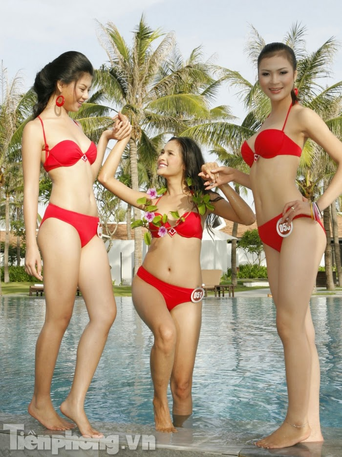 Hoa Hậu Việt Nam mặc bikini tỏa sắc bên bể bơi 5