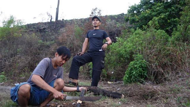 Para pencari kayu