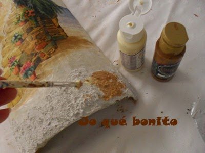 Jo qu bonito tutorial para decorar teja con papel de arroz - Decorar tejas en relieve ...