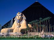 . papel de monumentos e museus, diferentemente das outras cidades. (luxor hotel and casino las vegas nevada)