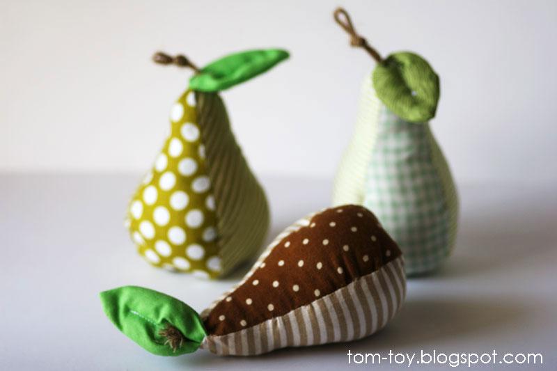 Decorative pears