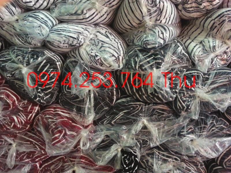 vai-khuc-thun-cotton-4-chieu-mau-soc-kho-1-met-6-dai-tren-5-met