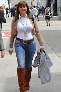 Carol Vorderman In Tight Jeans