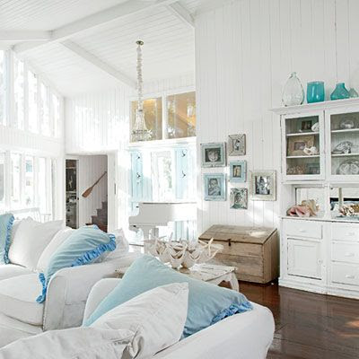 Coastal style shabby chic beach cottage style for Coastal inspired decor
