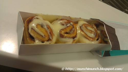 Cinnabon via http://munchimunch.blogspot.com/