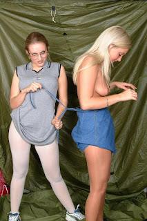 青少年的裸体女孩 - sexygirl-Dodger_Duo_Rachel_and_Jenny_sneakers_Dscf2674-776620.jpeg