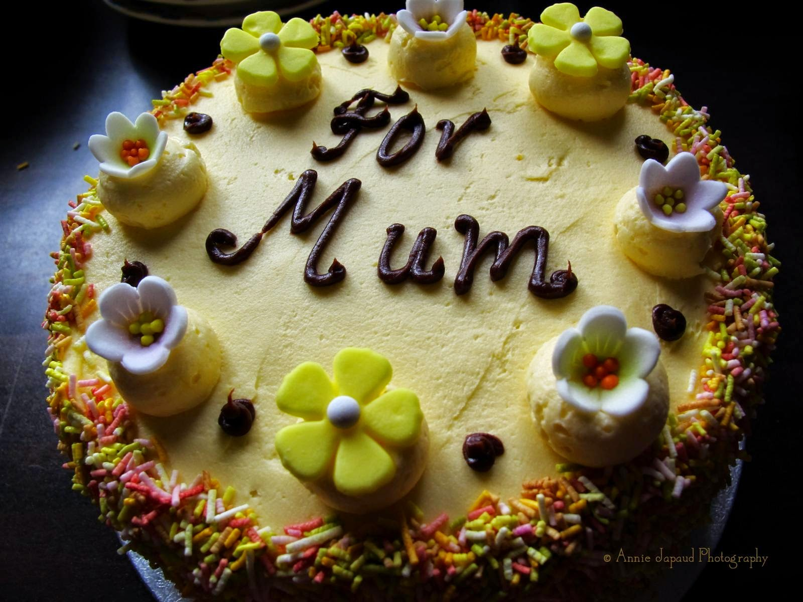 lemon butter cream cake for mother's day