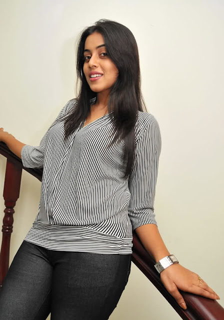 Poorna Tamil Seen On www.coolpicturegallery.us