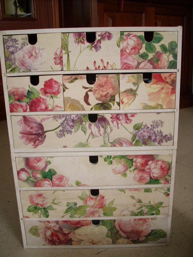 El telar de mi abuela cajonera de ikea decorada for Cajas de madera ikea