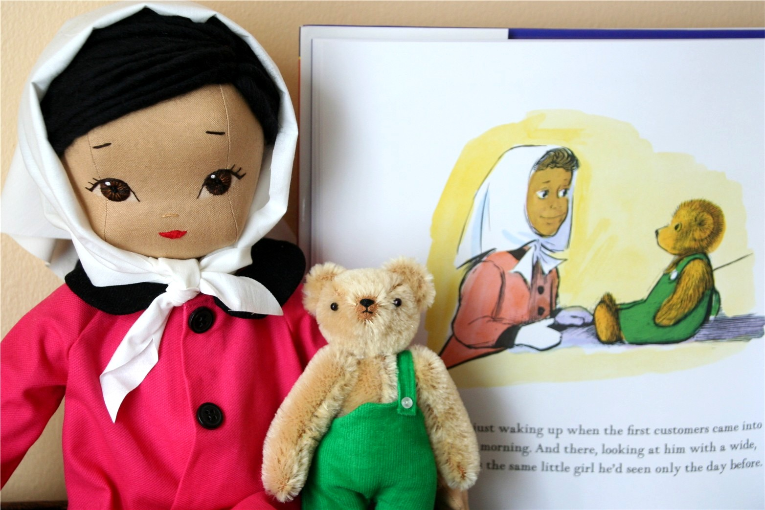 bybido: Meet Lisa and Corduroy the Bear