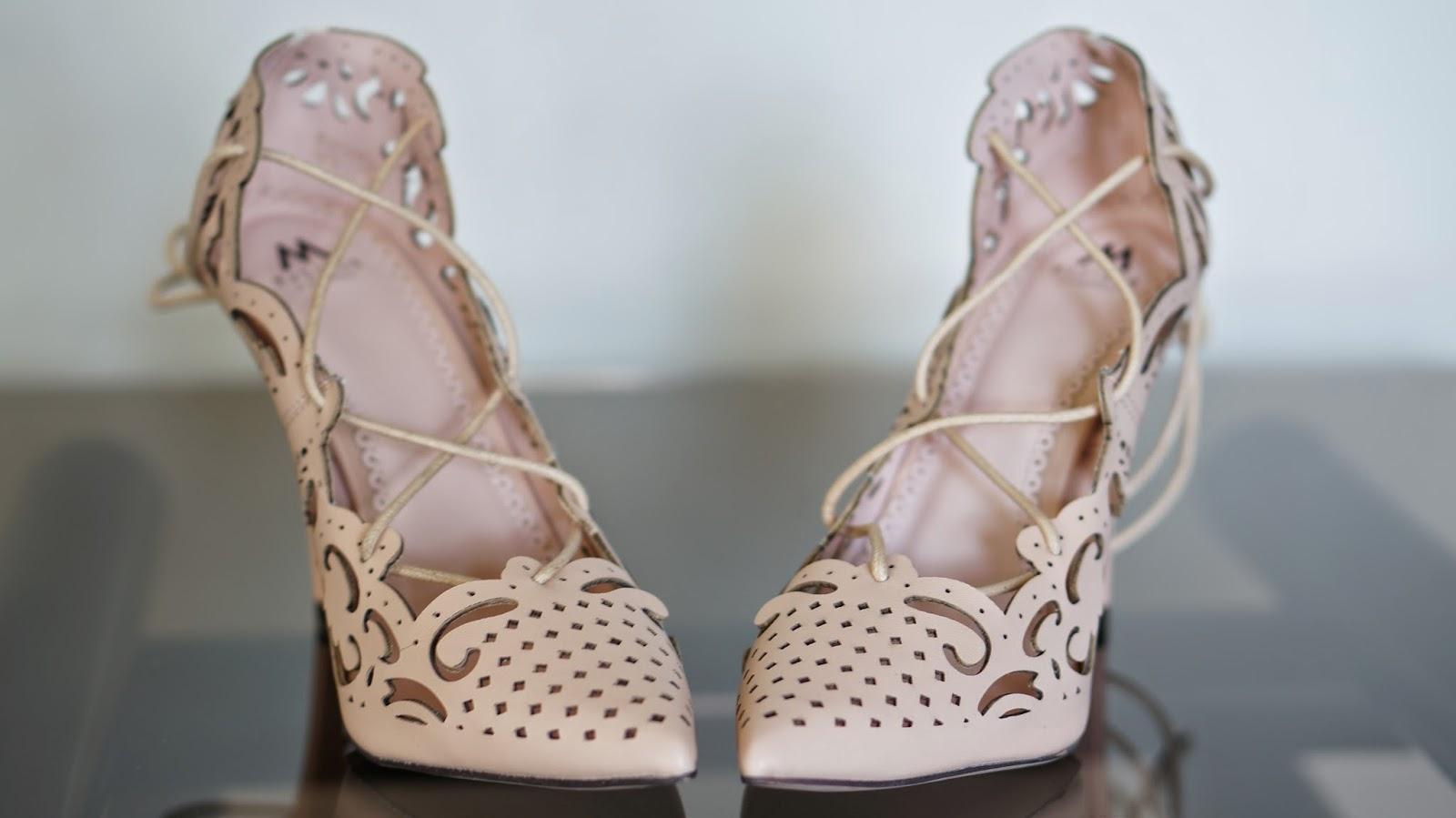 Shoedazzle Belissima laser cute nude heel