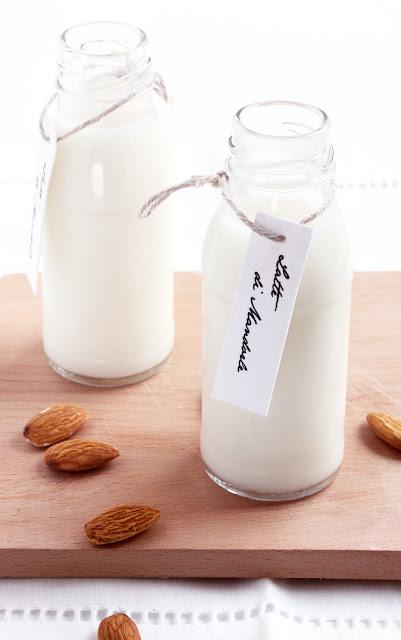 latte mandorla
