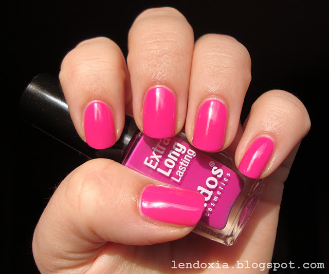 ados rozi lak za nokte
