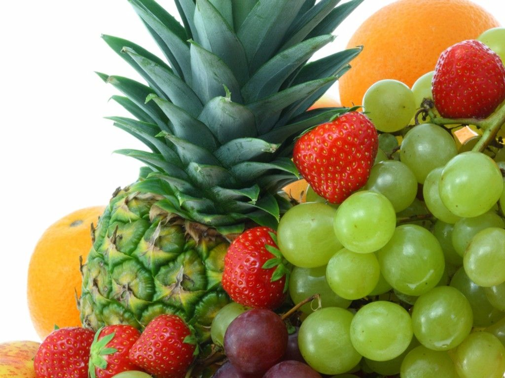 http://1.bp.blogspot.com/-UAb5ltFmIjM/T7j3Wfvp61I/AAAAAAAAJSc/W-Tm9bjTm5M/s1600/Colorful_fresh_fruits_isolated_on_a_white_background.jpg