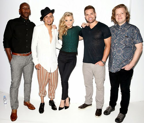Mockingjay Cast Photos Comic-Con SDCC 2014