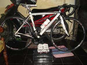 jual sepeda second: sepeda second road bike