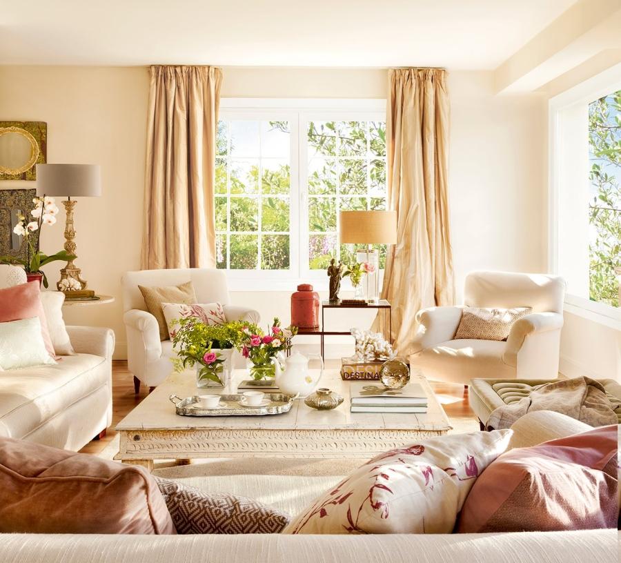wystrój wnętrz, wnętrza, urządzanie mieszkania, dom, home decor, dekoracje, aranżacje, styl klasyczny, classic style, beże, beige, antyki, antiques, antyczne meble, antique furniture, salon, living room, styl romantyczny, romantic style