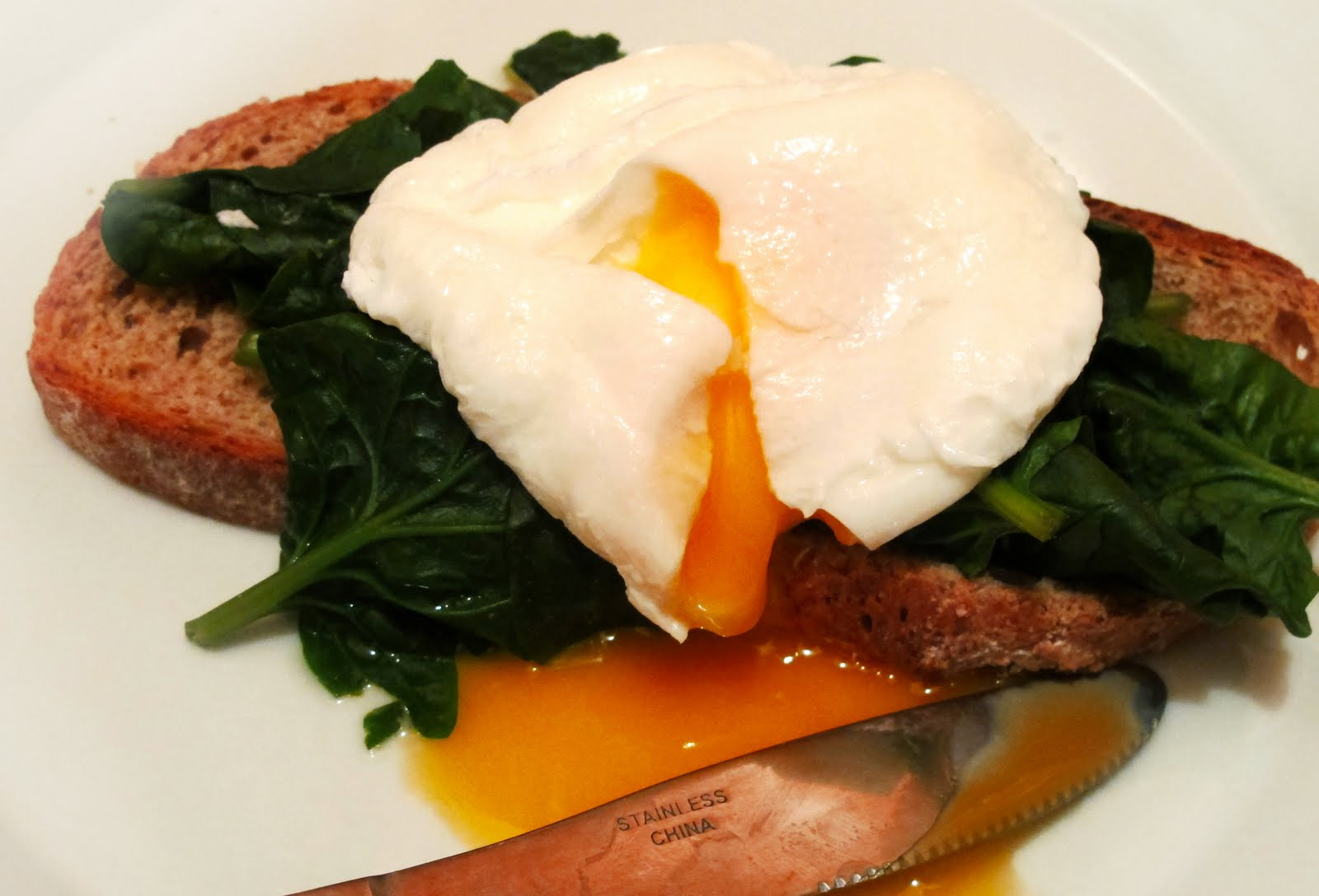 how to prepare poached eggs