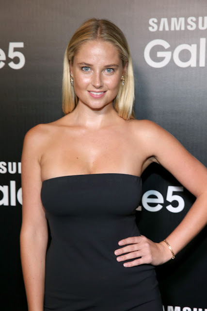 Fashion Model @ Genevieve Morton - Samsung Launch Party in Los Angeles