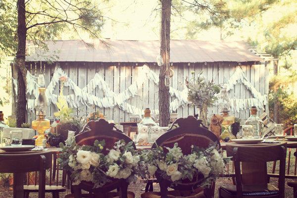 Real Wedding Caitlin and Josh 39s Dreamy DIY Enchanted Forest Wedding
