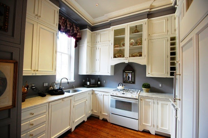 Wall paint colors for kitchen for White kitchen wall cabinets