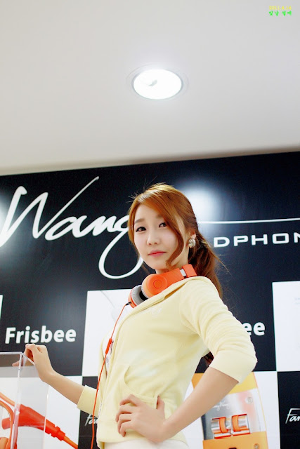 7 Go Jung Ah for Fanny Wang Headphone-very cute asian girl-girlcute4u.blogspot.com