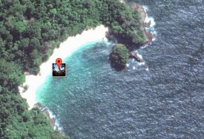 foto pantai teluk hijau via satelit