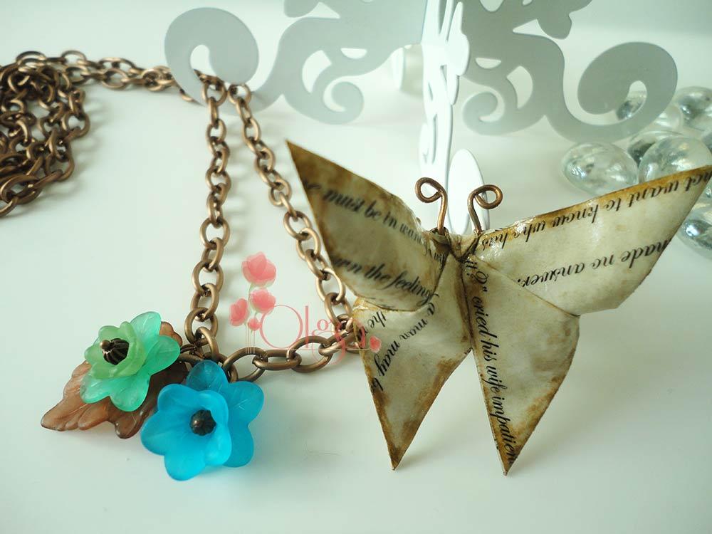 Desde el Taller de Olga.Collar mariposa de Origami