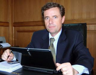 Nuevo Ministro de Vivienda : Rodrigo Pérez Mackenna