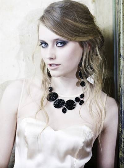 Fashions on Metal Jewellery   Letest Fashions