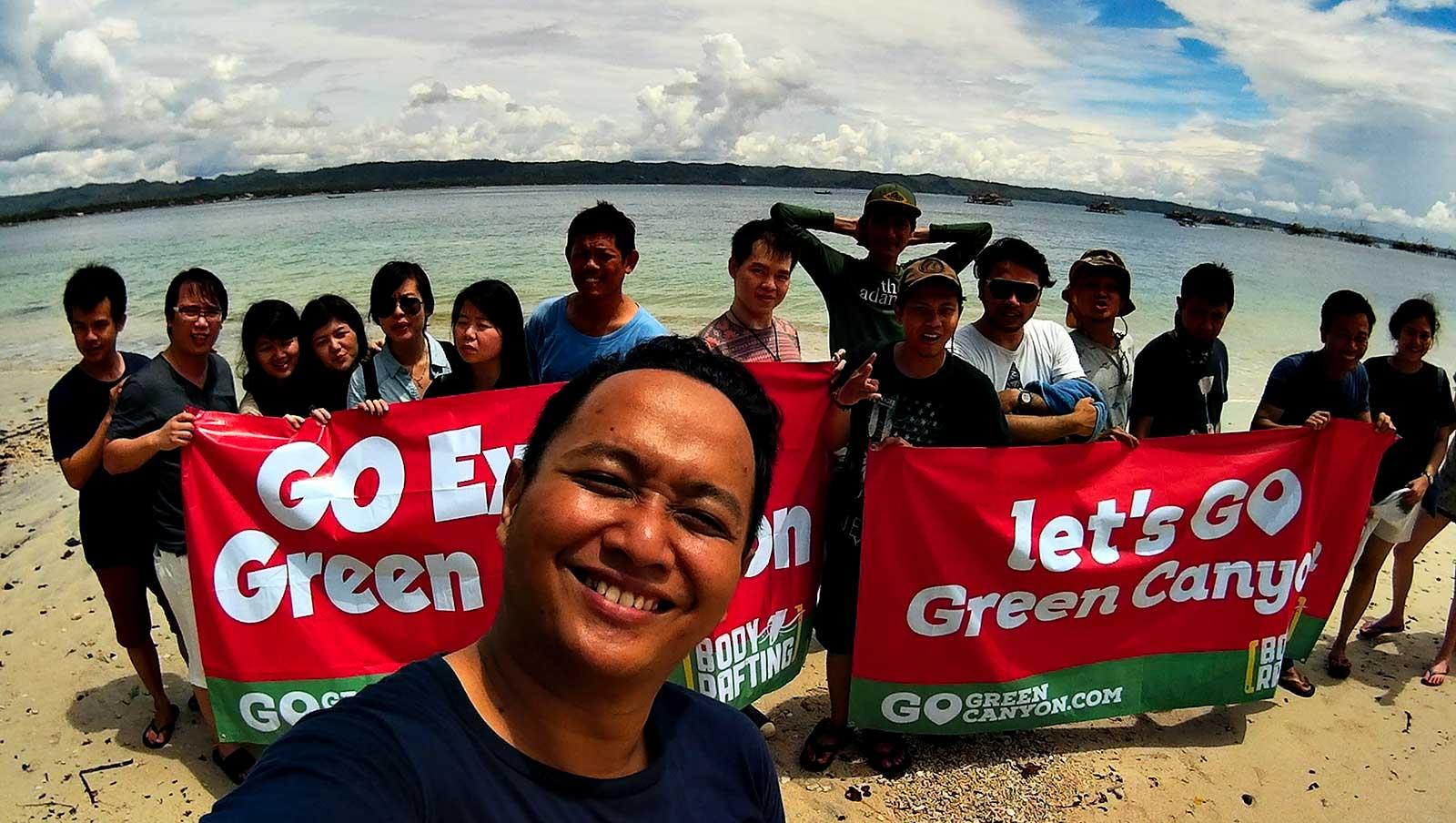 Paket Wisata Pantai Batu Karas sorganya para peselancar di Pangandaran