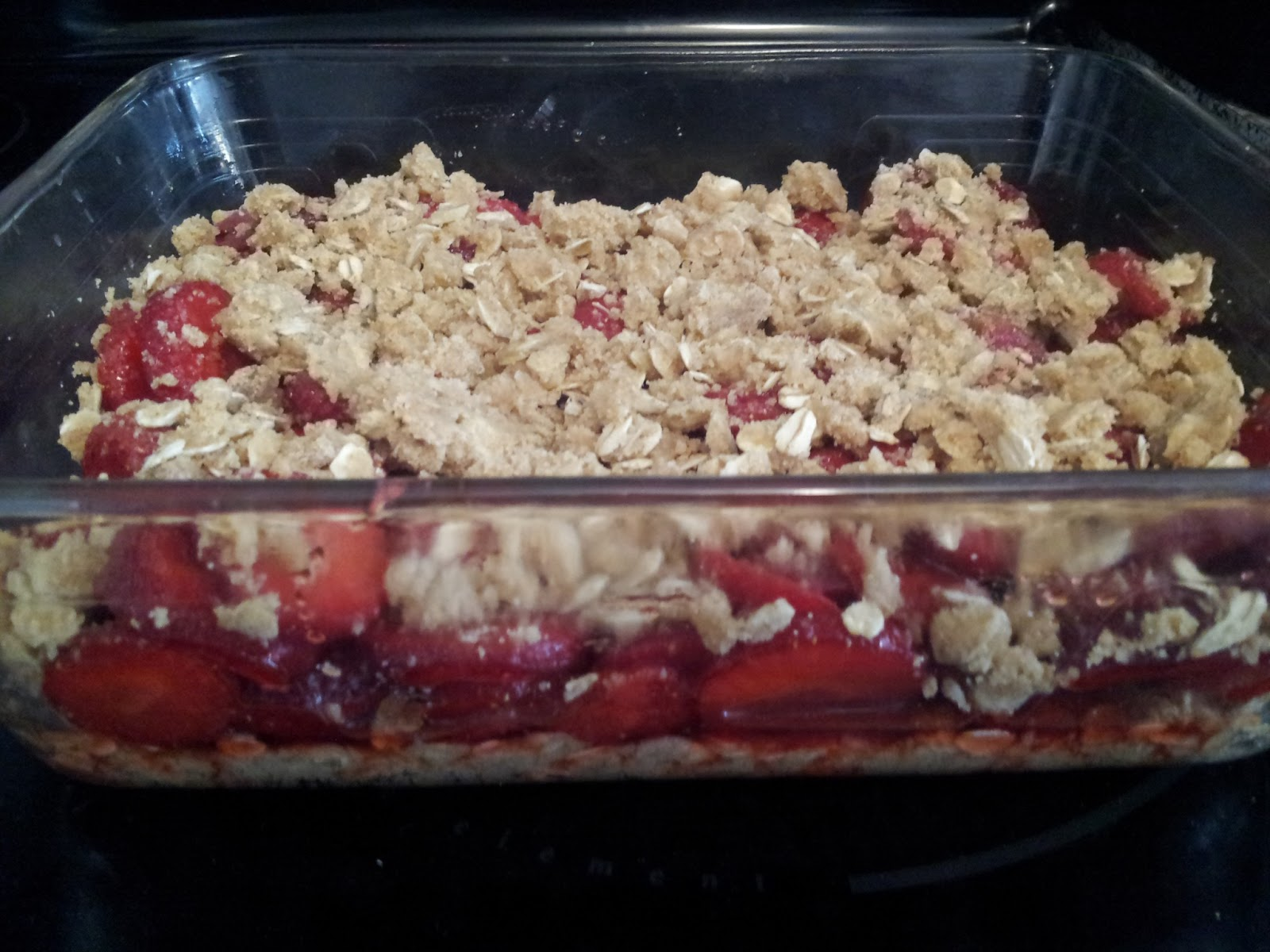 Dessert, baking, fresh fruit, strawberries