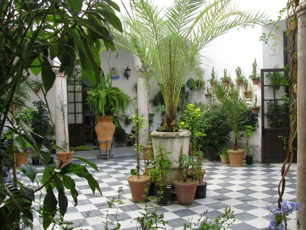 Al tamburo riparato complementi di spagnolo 6 tutti a casa - Azulejos patio andaluz ...