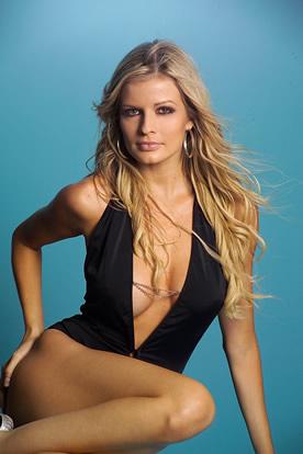 Similar Costa rica sexy lady