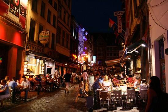 تسوق في سويسرا مع اروع شوارع التسوق بجنيف 3.jpg