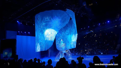 Disney On Ice 2015 The Ice Palace Elsa Frozen Snow