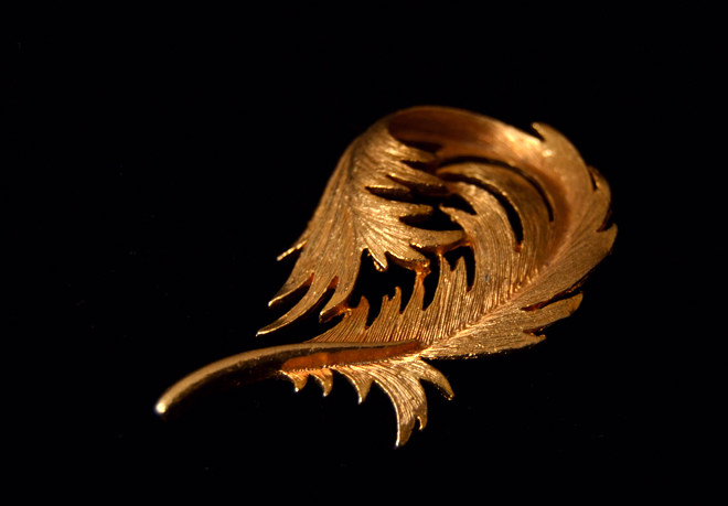 The Flying Clubhouse: Gold Leaf Brooch