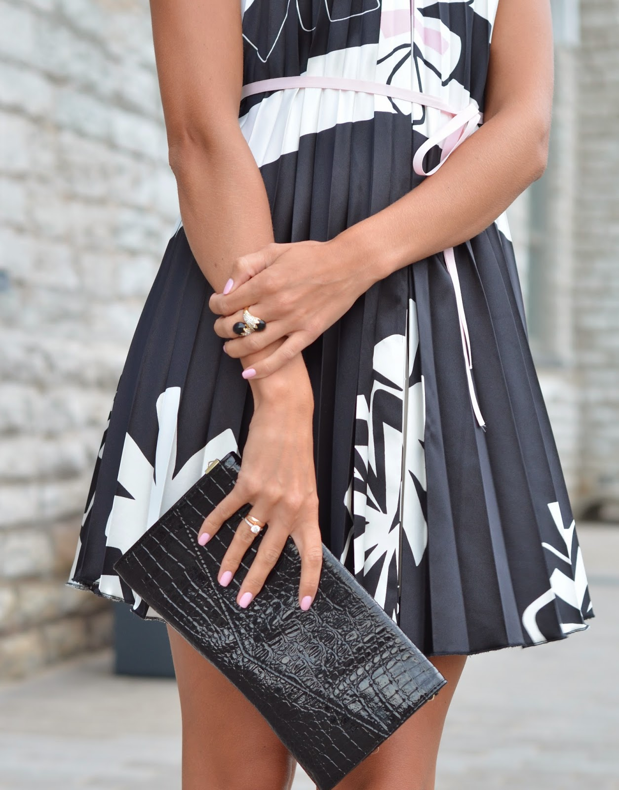 black white pleated dress rings clutch