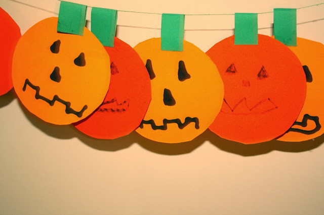 Paper pumpkin #craft #halloween