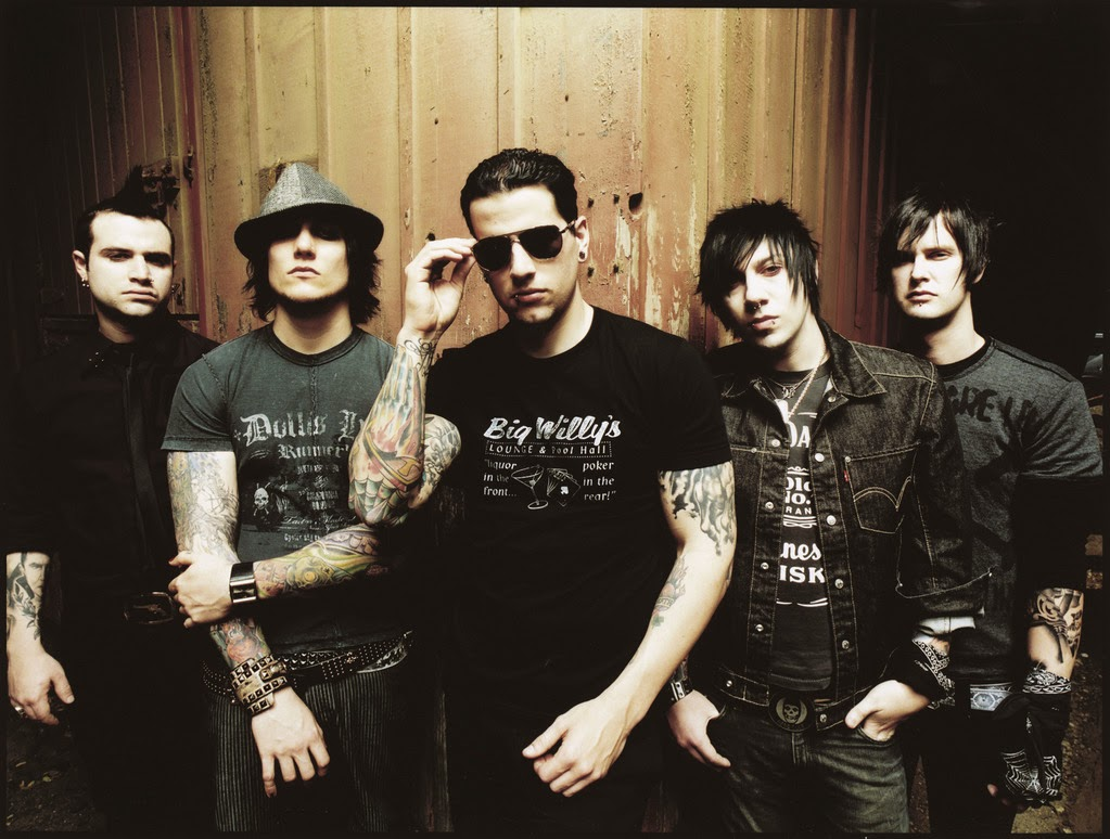 "Vote Avenged Sevenfold for ""Rock 100"" on Kerrang"