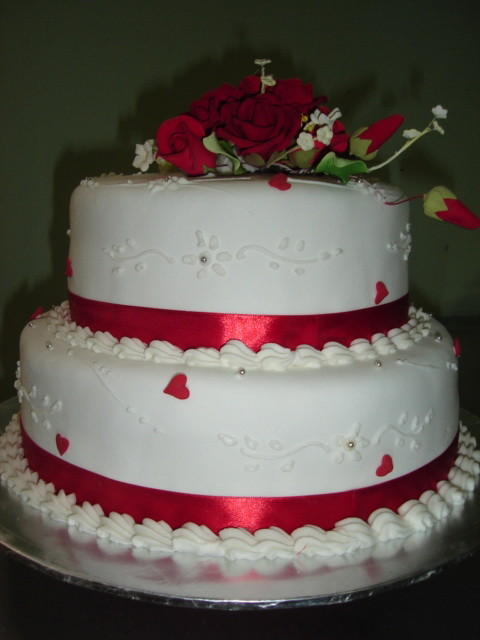 Red And White Wedding Cakes 27 Cool A tier wedding cake