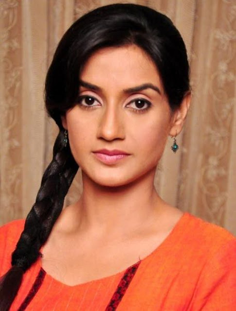 Beautiful Rati Pandey Wallpaper