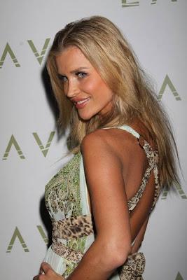 fotos de Joanna Krupa style modelaje