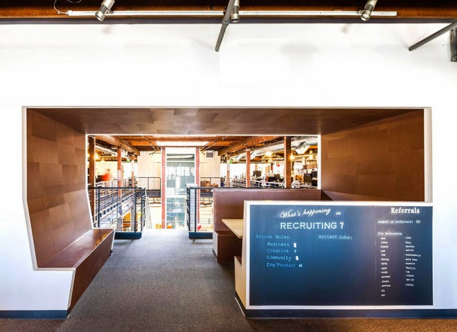 renovasi-bangunan-gudang-interior-kantor-pinterest.com-dinamis-ruang dan rumahku-015