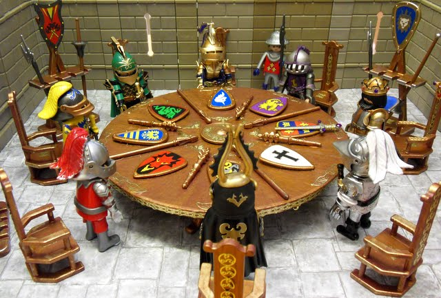 King arthur his knights of the round table emma j 39 s for Table playmobil